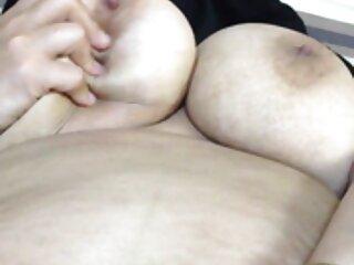 Chica se corre en el videos de sexo subtitulados aire