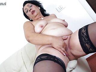 Asiático chupa y porno sub español salta sobre dick