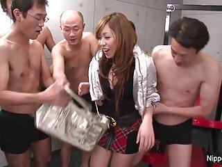 Velada romántica con la videos anime porno sub español vagina depilada