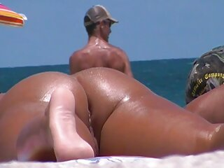 Capri Cavalli y Charley Chase videos hentai sin censura sub español son dos lesbianas calientes