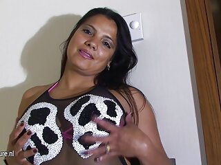 Asiática follada en porno con sub español la playa