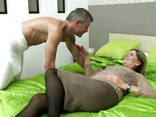 Adorable rubia vestida de rosa ama las videos porno hentai subtitulado en español pollas dulces
