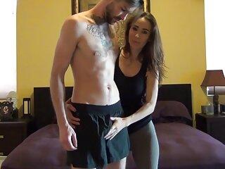 Rubia es follada por un videos porno subtitulado conductor personal