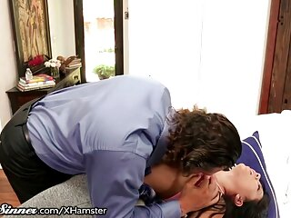 Enfermera sexy expone su peliculas porno subtitulada en español raja peluda