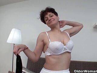 El jugoso coño hentai anal sub español de la novia