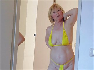Señora pelirroja en lencería subtitulado en español porno erótica