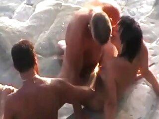 Dos xxx sub español machos maduros se follan a una mujer