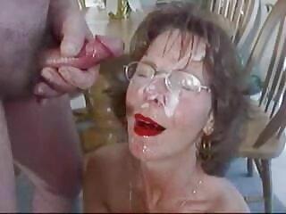Ashley Graham se sexo sub español masturba después del baño