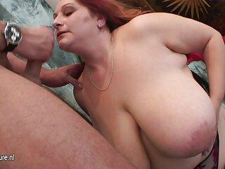 Rubia acaricia sus agujeros con un hentai peliculas sub español consolador blanco