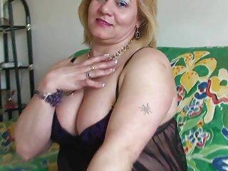 Pelirroja abuela solo con juguete porno en sub español sexual